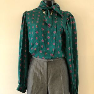 Oscar de la Renta Silk tie button-down blouse